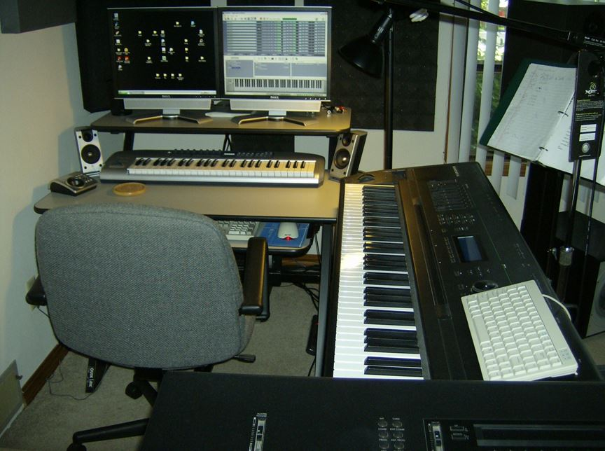 Keyboard Station